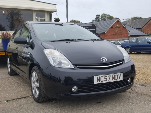 Image of Toyota PRIUS Used Car For Sale on the Isle of Wight for Vehicle 5198