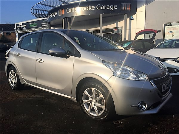 Image of Peugeot 208 Used Car For Sale on the Isle of Wight for Vehicle 5562