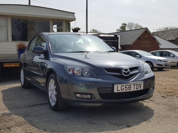 Image of Mazda 3 Used Car For Sale on the Isle of Wight for Vehicle 5701