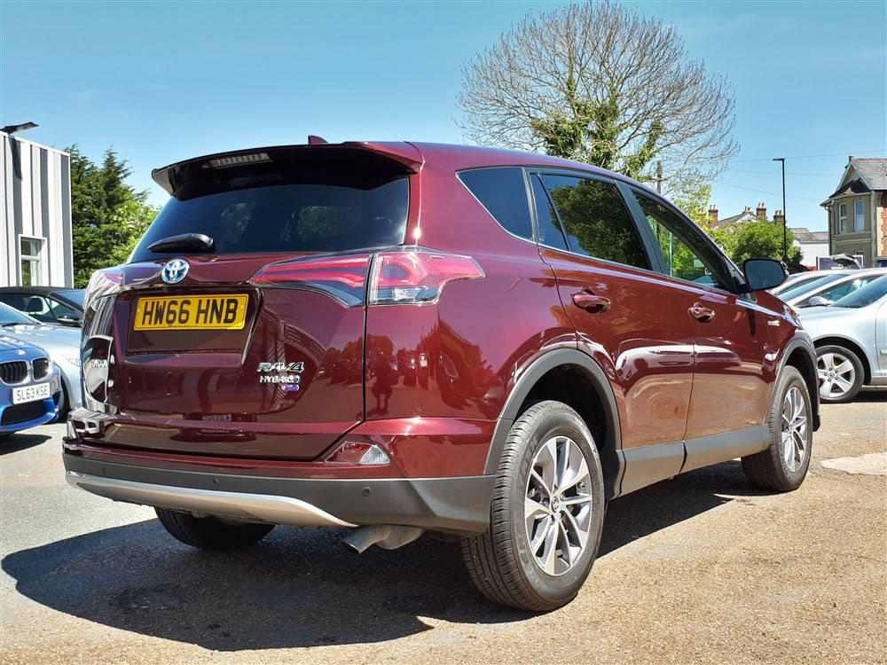 Image of Toyota Rav 4 Used Car For Sale on the Isle of Wight for Vehicle 5887