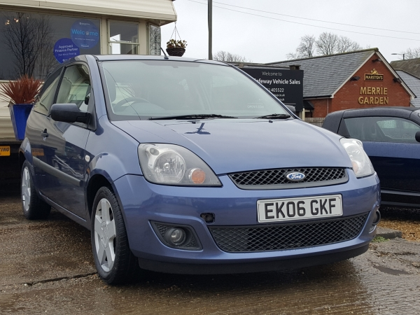 Image of Ford Fiesta Used Car For Sale on the Isle of Wight for Vehicle 7004