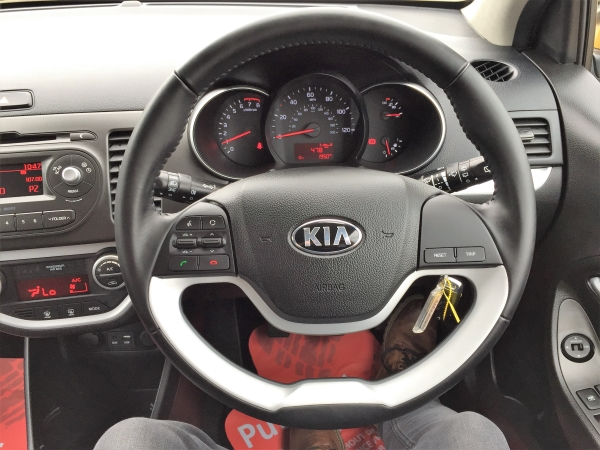 Image of Kia Picanto Used Car For Sale on the Isle of Wight for Vehicle 7076