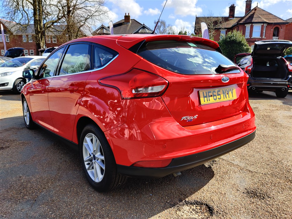 Car For Sale Ford Focus - HF65NYY Sixers Group Image #4