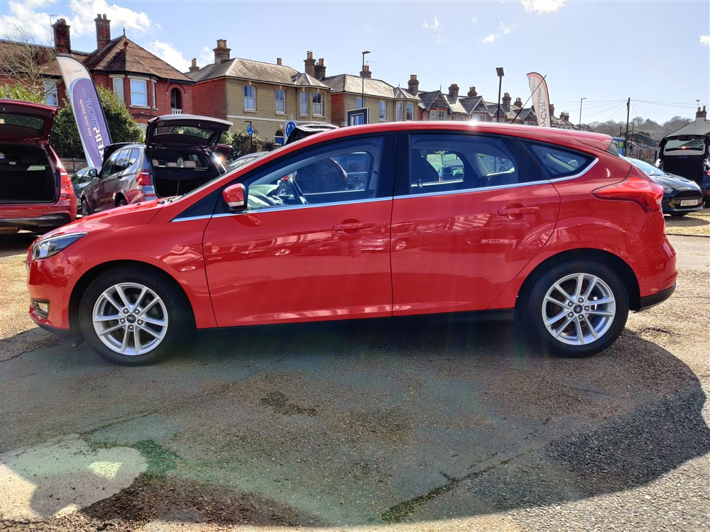 Car For Sale Ford Focus - HF65NYY Sixers Group Image #5