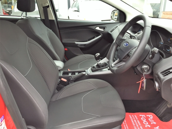 Car For Sale Ford Focus - HF65NYY Sixers Group Image #9