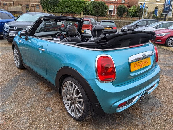 Car For Sale Mini Cooper S Convertible - LP16YGR Sixers Group Image #9