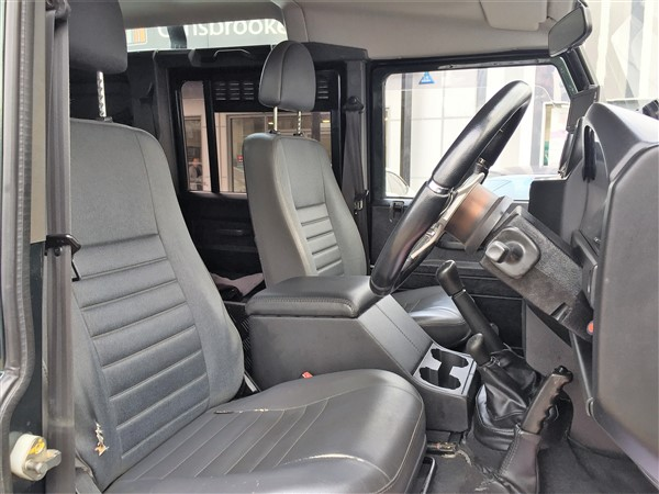 Image of Land Rover Defender 110 Used Car For Sale on the Isle of Wight for Vehicle 7279