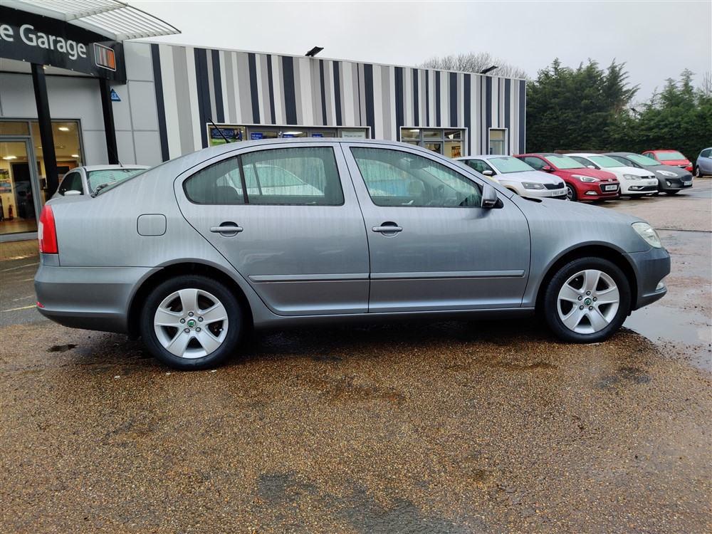 Car For Sale Skoda Octavia - YE62NKF Sixers Group Image #1