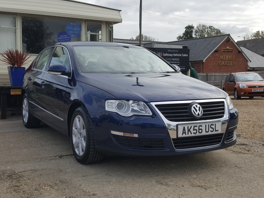 Image of Volkswagen Passat Used Car For Sale on the Isle of Wight for Vehicle 7304