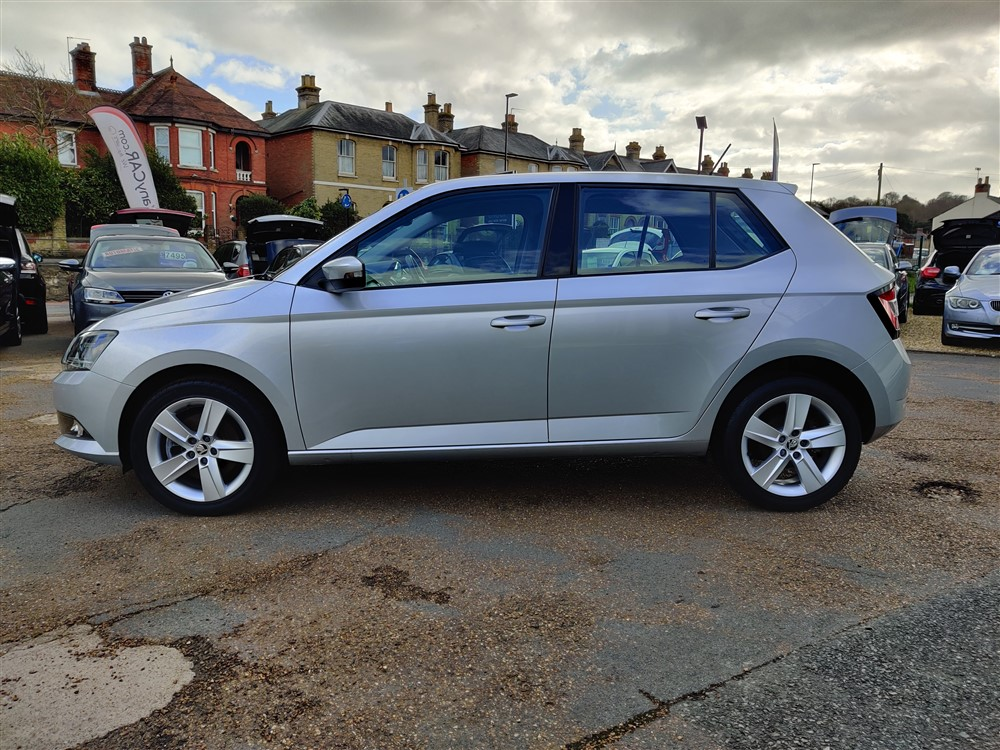 Car For Sale Skoda Fabia - YR65AWN Sixers Group Image #5