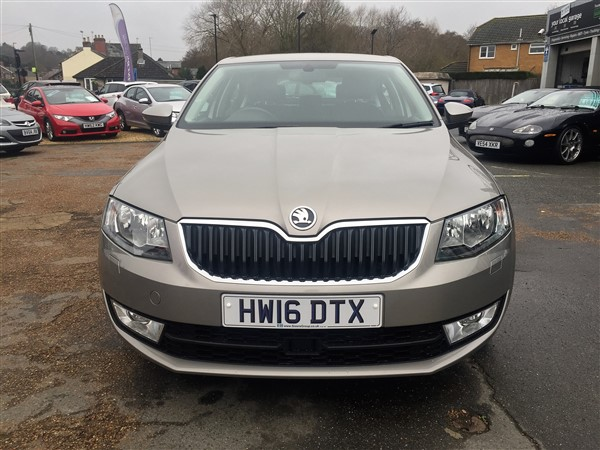 Image of Skoda Octavia Used Car For Sale on the Isle of Wight for Vehicle 7349