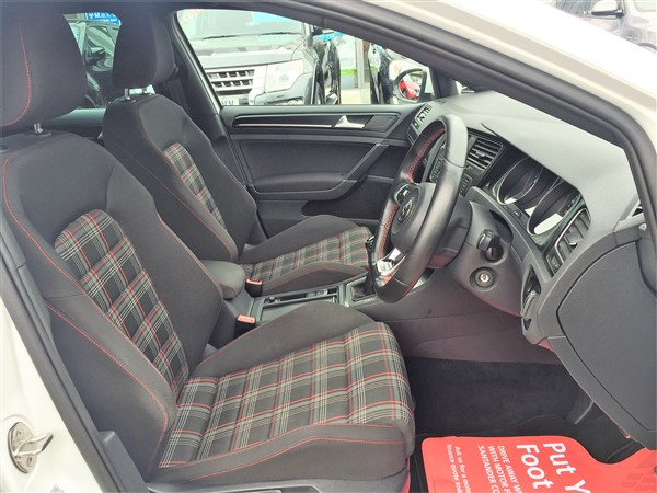 Image of Volkswagen Golf Used Car For Sale on the Isle of Wight for Vehicle 7370