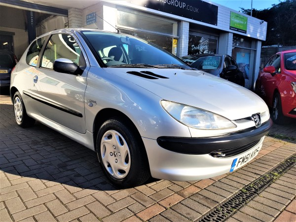 Image of Peugeot 206 Used Car For Sale on the Isle of Wight for Vehicle 7374