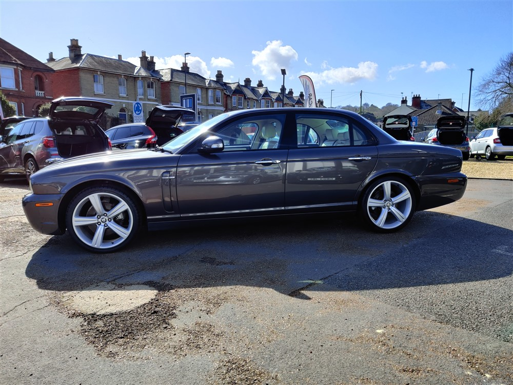 Car For Sale Jaguar XJ - AP57UKM Sixers Group Image #5