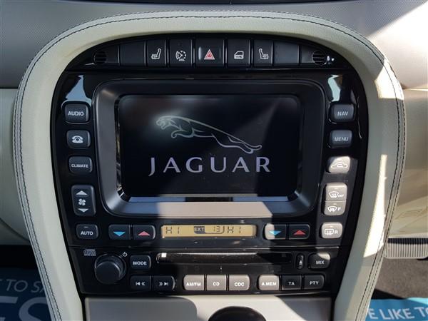 Car For Sale Jaguar XJ - AP57UKM Sixers Group Image #15
