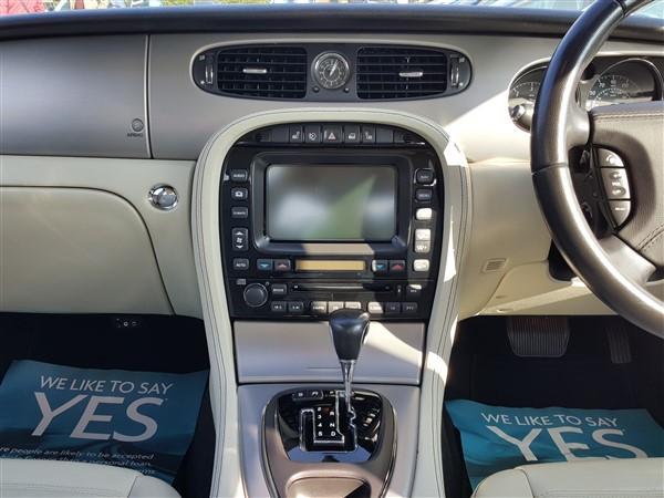 Car For Sale Jaguar XJ - AP57UKM Sixers Group Image #16