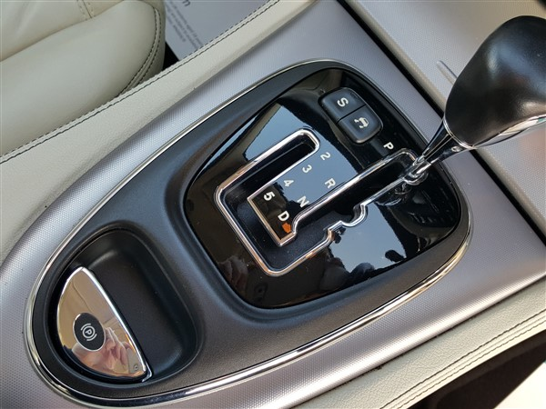 Car For Sale Jaguar XJ - AP57UKM Sixers Group Image #18