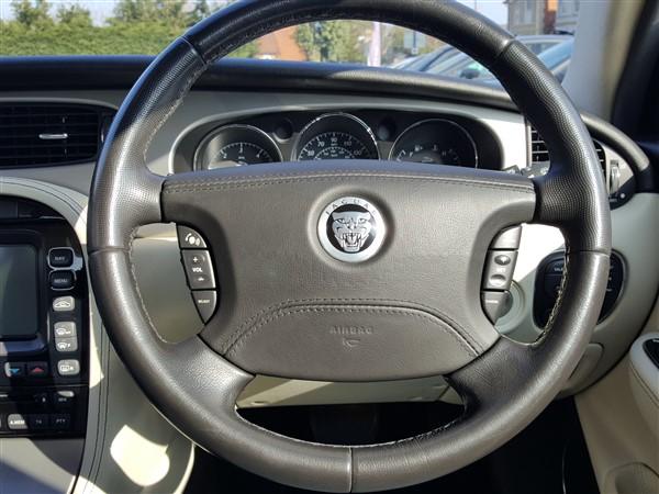 Car For Sale Jaguar XJ - AP57UKM Sixers Group Image #22