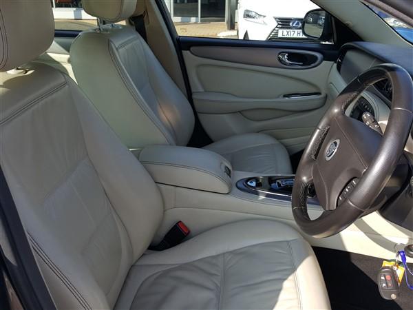 Car For Sale Jaguar XJ - AP57UKM Sixers Group Image #24
