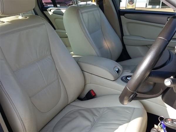 Car For Sale Jaguar XJ - AP57UKM Sixers Group Image #25
