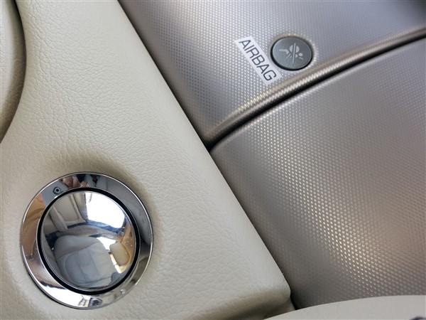 Car For Sale Jaguar XJ - AP57UKM Sixers Group Image #29