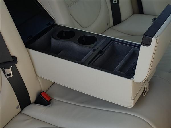 Car For Sale Jaguar XJ - AP57UKM Sixers Group Image #31