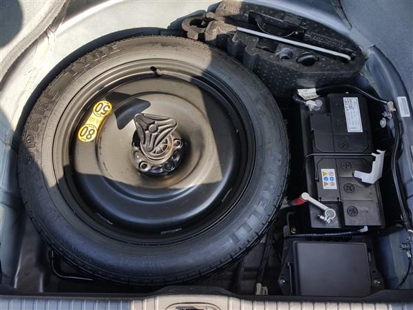 Car For Sale Jaguar XJ - AP57UKM Sixers Group Image #35