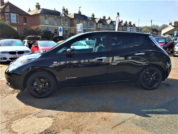Image of Nissan Leaf Used Car For Sale on the Isle of Wight for Vehicle 7451