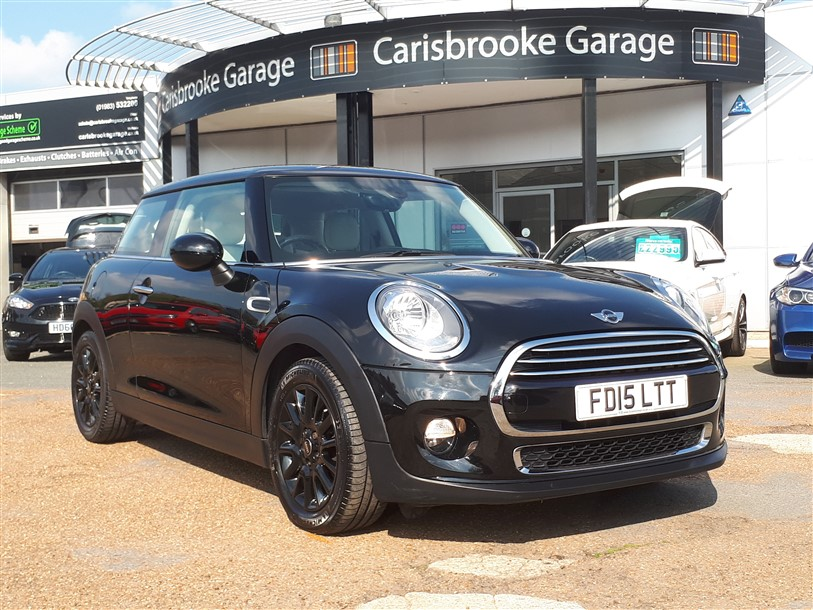 Image of Mini Cooper Used Car For Sale on the Isle of Wight for Vehicle 7469