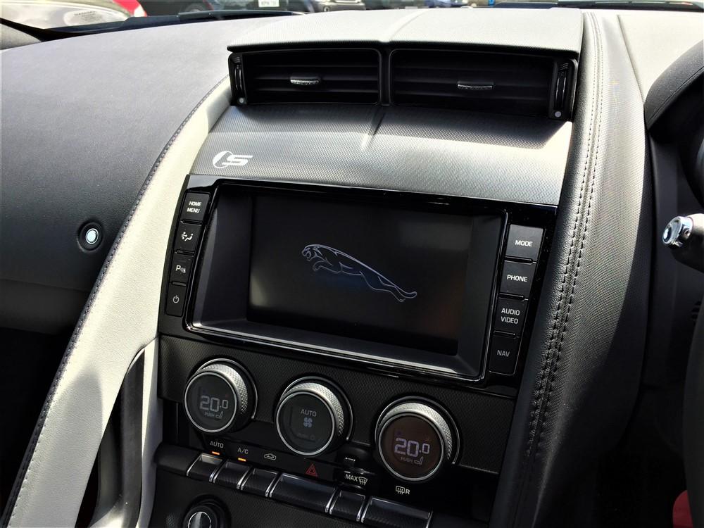 Car For Sale Jaguar F-Type - GB03JRC Sixers Group Image #20
