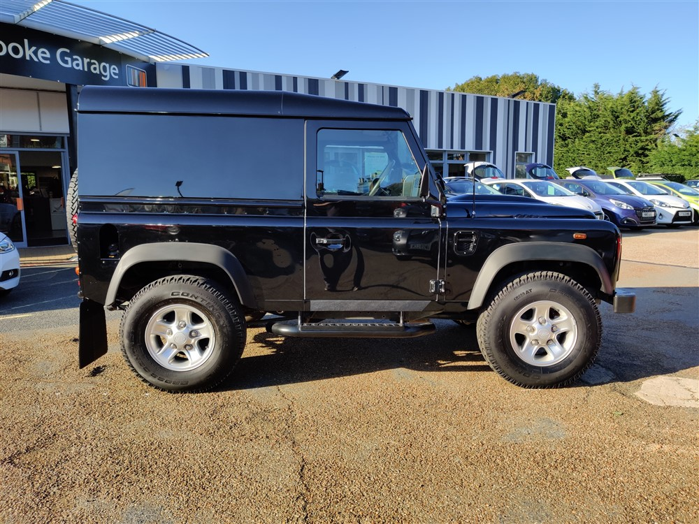 Car For Sale Land Rover 90 Defender - PF15UJC Sixers Group Image #1