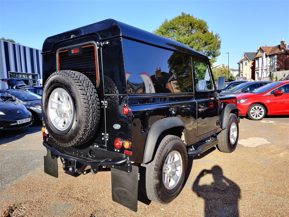 Car For Sale Land Rover 90 Defender - PF15UJC Sixers Group Image #2