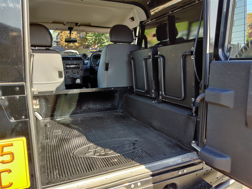 Car For Sale Land Rover 90 Defender - PF15UJC Sixers Group Image #21