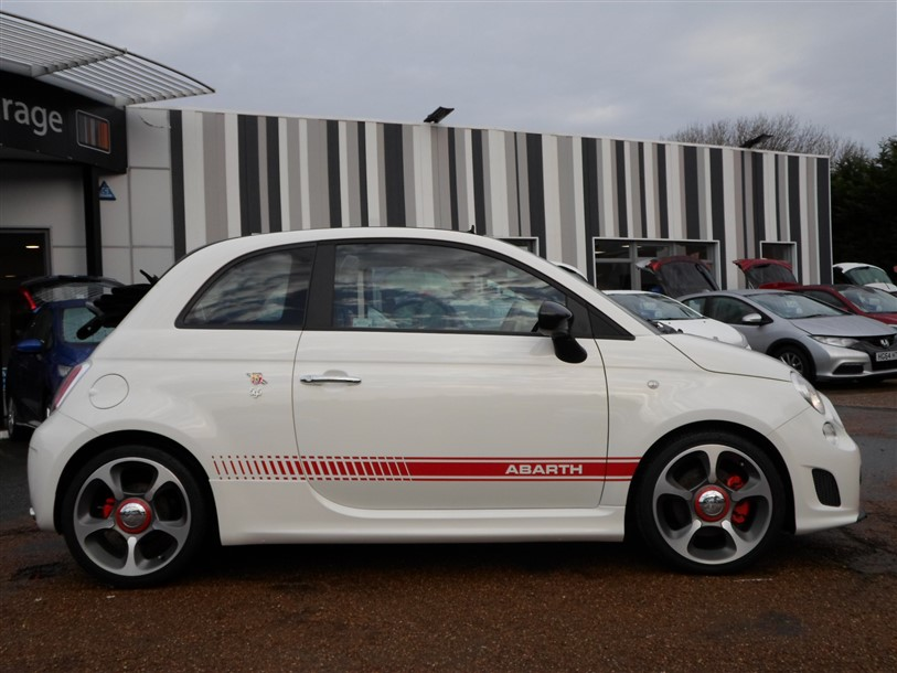 Car For Sale Abarth 595C - BP15UOG Sixers Group Image #1