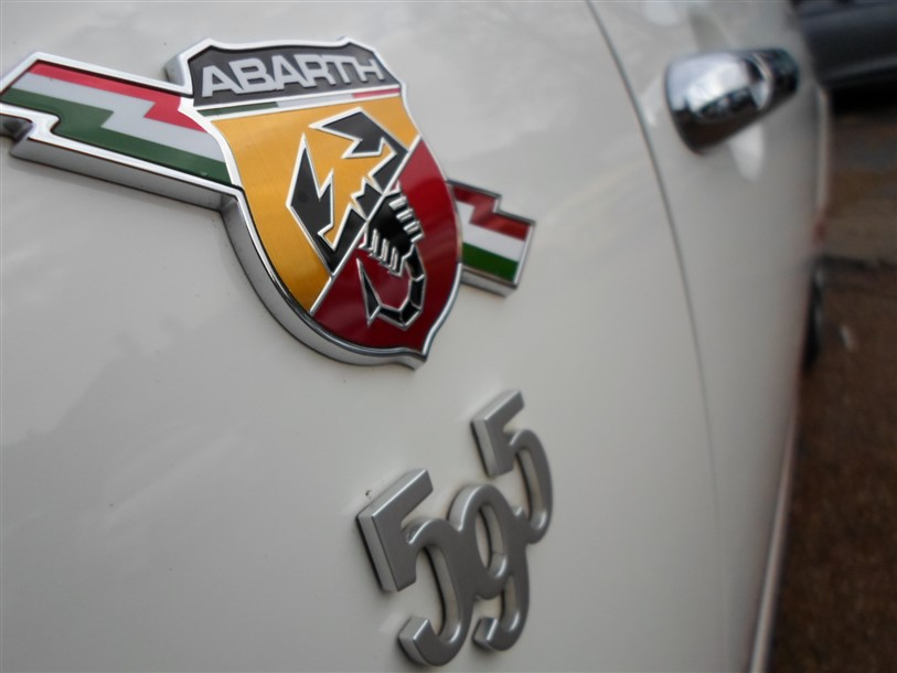 Car For Sale Abarth 595C - BP15UOG Sixers Group Image #13