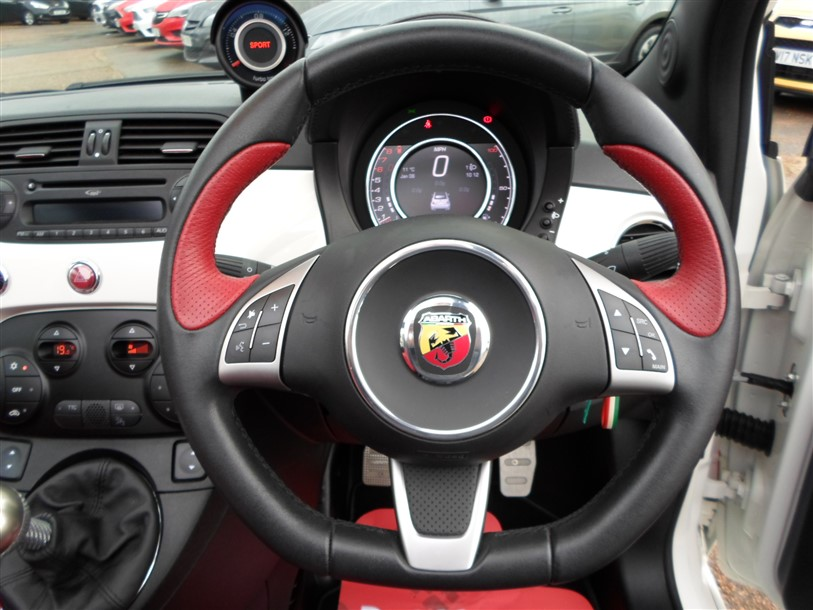 Car For Sale Abarth 595C - BP15UOG Sixers Group Image #16