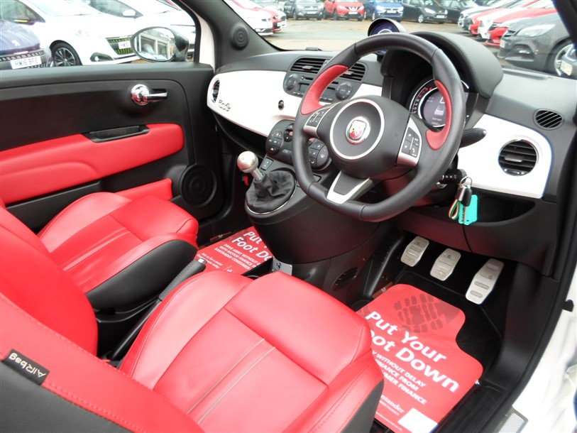 Car For Sale Abarth 595C - BP15UOG Sixers Group Image #19