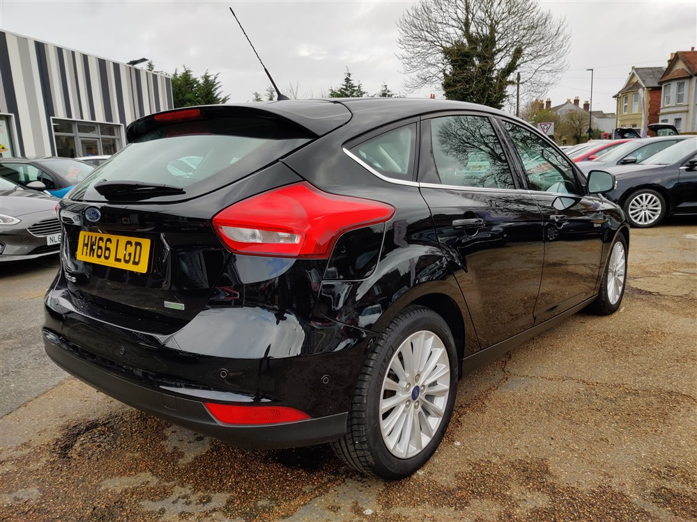 Car For Sale Ford Focus - HW66LGD Sixers Group Image #2