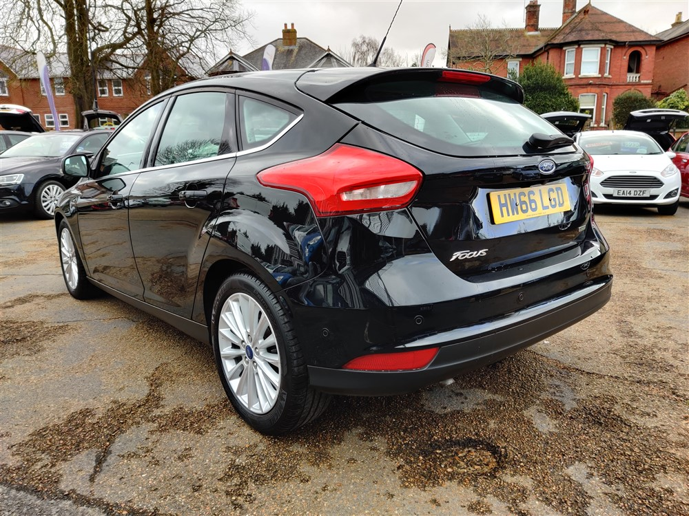 Car For Sale Ford Focus - HW66LGD Sixers Group Image #4