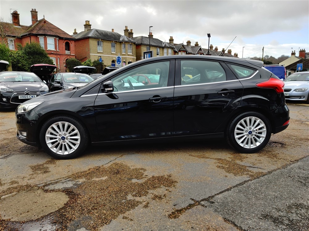 Car For Sale Ford Focus - HW66LGD Sixers Group Image #5