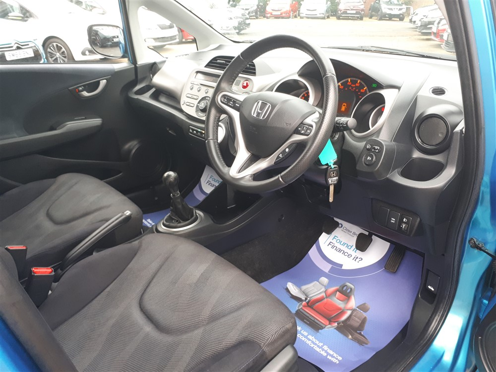 Image of Honda Jazz Used Car For Sale on the Isle of Wight for Vehicle 7662