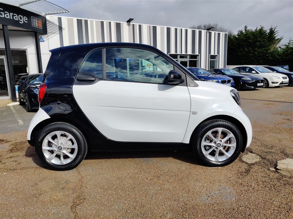 Car For Sale Smart FORTWO - WM16UEN Sixers Group Image #1