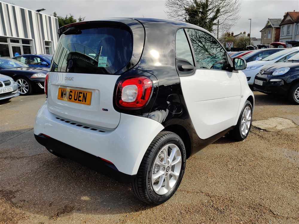 Car For Sale Smart FORTWO - WM16UEN Sixers Group Image #2