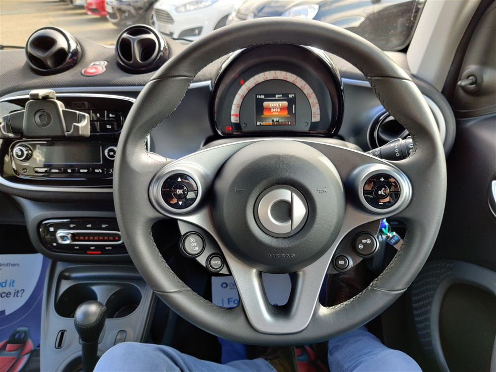Car For Sale Smart FORTWO - WM16UEN Sixers Group Image #12