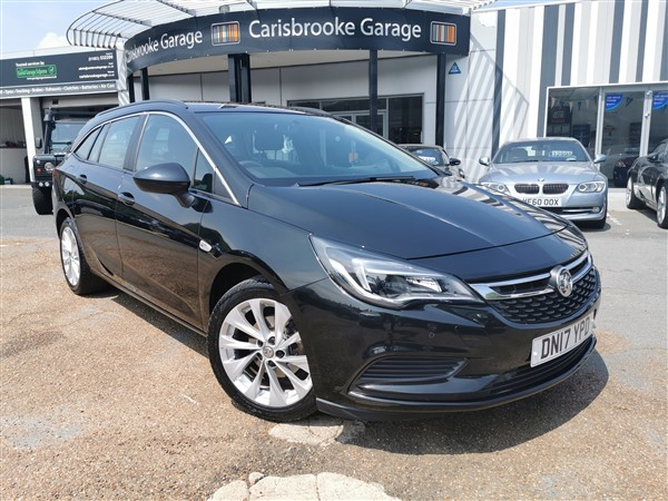 Car For Sale Vauxhall Astra - DN17YPD Sixers Group Image #1