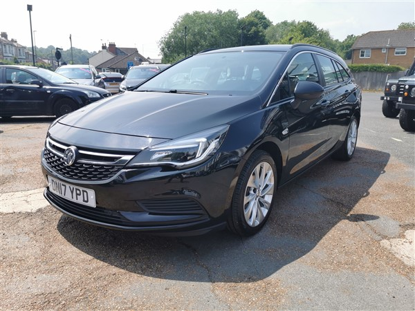 Car For Sale Vauxhall Astra - DN17YPD Sixers Group Image #2