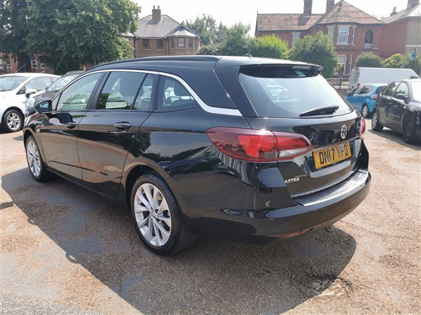 Car For Sale Vauxhall Astra - DN17YPD Sixers Group Image #4