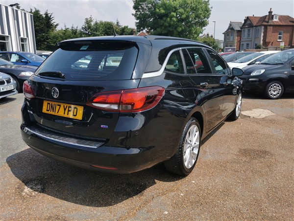 Car For Sale Vauxhall Astra - DN17YPD Sixers Group Image #5
