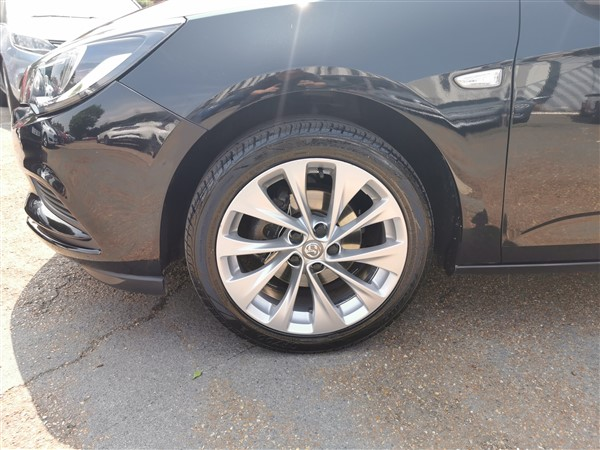 Car For Sale Vauxhall Astra - DN17YPD Sixers Group Image #7