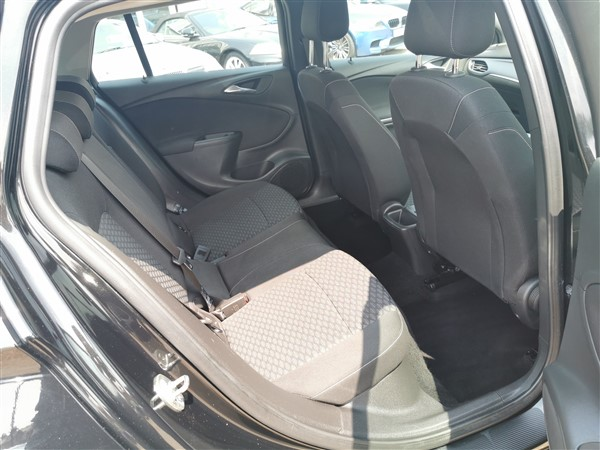 Car For Sale Vauxhall Astra - DN17YPD Sixers Group Image #10